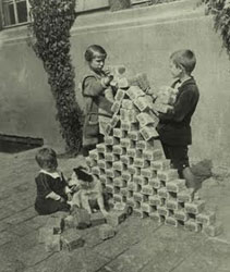 Hyperinflation_in_Germany_in_1923